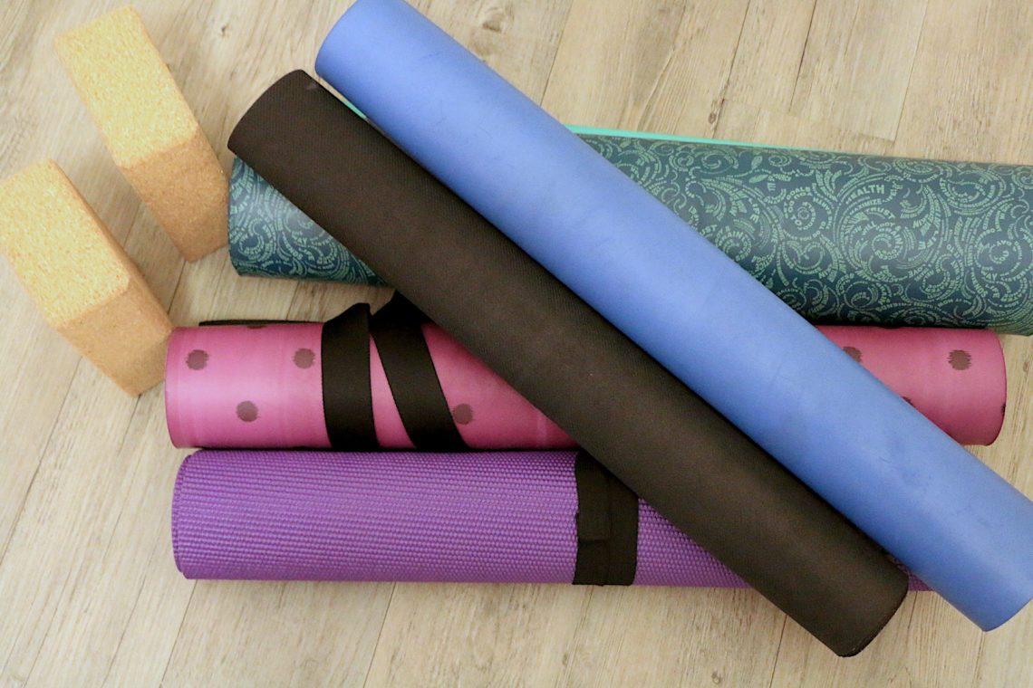 Tapis De Yoga Comment Bien Le Choisir Chronique Dune Yogini